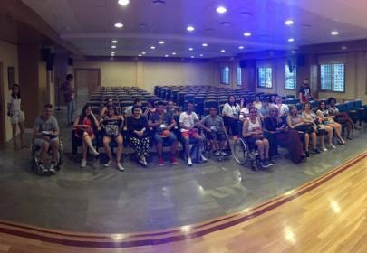 Participantes  en el Campus Inclusivo Europeo INnetCampus UGR durante el acto de bienvenida por parte de la UGR
